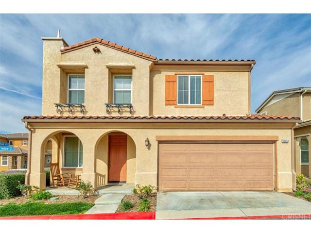 26053 Stag Hollow Court #50, Newhall, CA 91350 (#SR19059975) :: Paris and Connor MacIvor