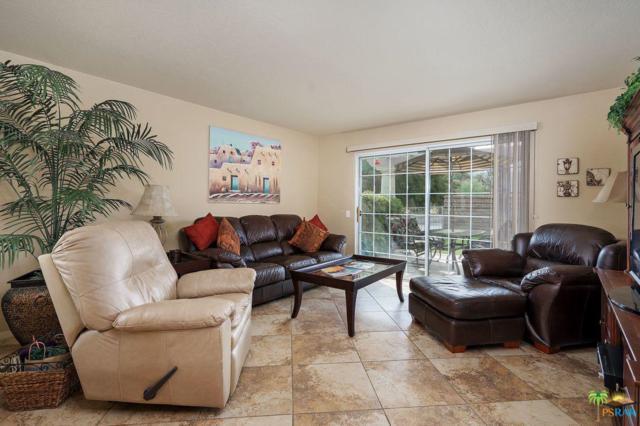 2700 E Mesquite Avenue B11, Palm Springs, CA 92262 (#19447012PS) :: The Agency