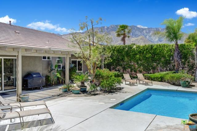 1548 Amelia Way, Palm Springs, CA 92262 (#19469118PS) :: Paris and Connor MacIvor