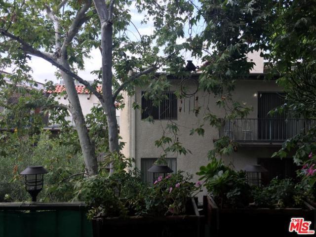 5460 White Oak Avenue E308, Encino, CA 91316 (#19481412) :: Golden Palm Properties