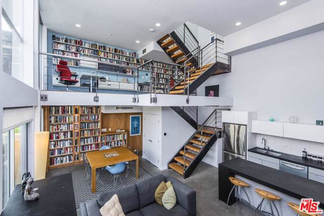 333 S Wilton Place #1, Los Angeles (City), CA 90020 (#19510344) :: Lydia Gable Realty Group