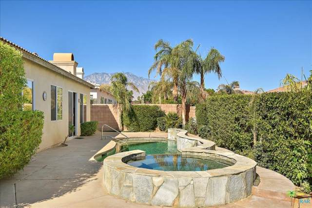 69594 Brookview Way, Cathedral City, CA 92234 (#19510382PS) :: TruLine Realty