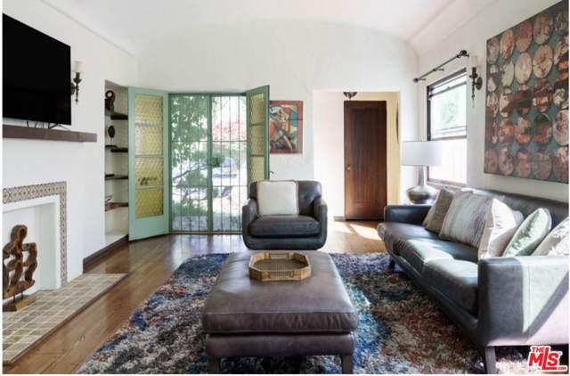6230 Lindenhurst Avenue, Los Angeles (City), CA 90048 (#19509922) :: The Agency