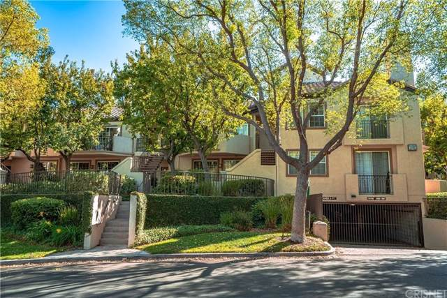 24155 Del Monte Drive #375, Valencia, CA 91355 (#SR19223078) :: Lydia Gable Realty Group