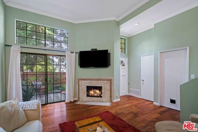 22028 Collins Street #4, Woodland Hills, CA 91367 (#19513048) :: Randy Plaice and Associates