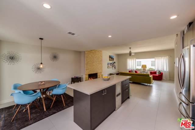 2570 S Sierra Madre, Palm Springs, CA 92264 (MLS #19515630) :: The John Jay Group - Bennion Deville Homes