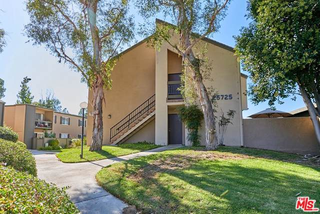 25725 Hogan Drive D5, Valencia, CA 91355 (MLS #19517264) :: The John Jay Group - Bennion Deville Homes