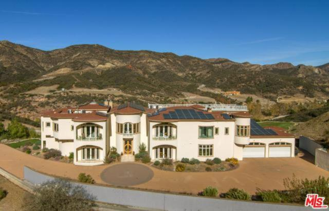 31700 Lobo Canyon Road, Agoura Hills, CA 91301 (#17224404) :: The Fineman Suarez Team