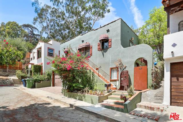 865 Crestwood Terrace, Los Angeles (City), CA 90042 (#18369930) :: Fred Howard Real Estate Team