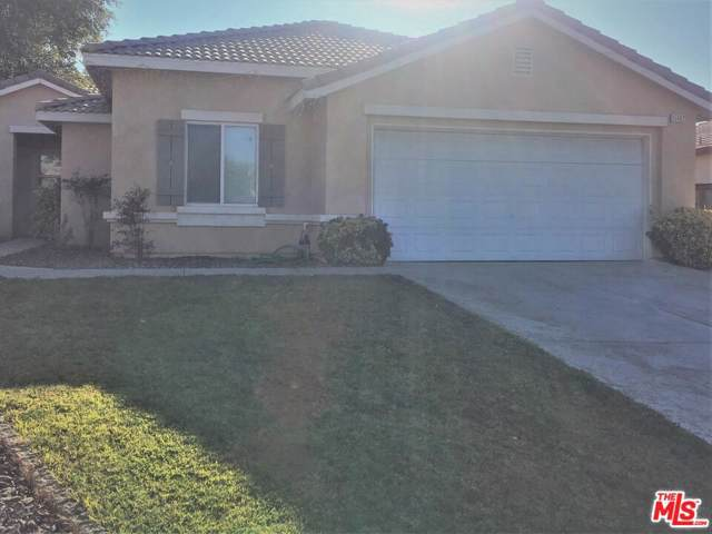 15602 Naples Ln, Victorville, CA 92394 (MLS #19-523264) :: The John Jay Group - Bennion Deville Homes