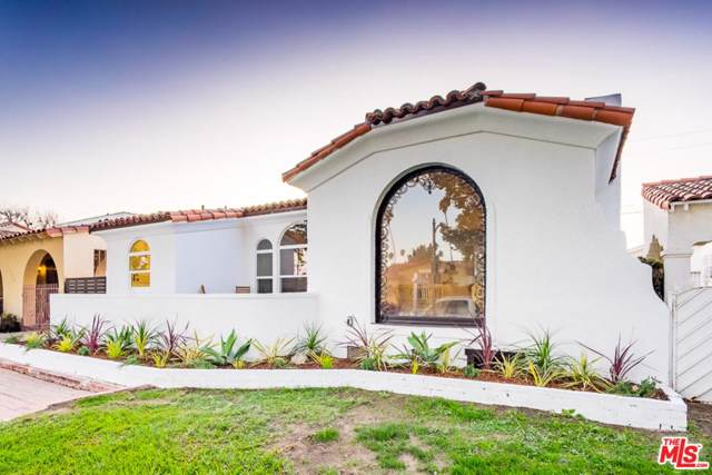 4315 4TH Avenue, Los Angeles (City), CA 90008 (#19527670) :: Lydia Gable Realty Group