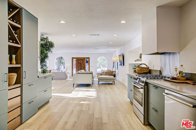 6122 Burwood Ave, Los Angeles, CA 90042 (#21-782954) :: Lydia Gable Realty Group