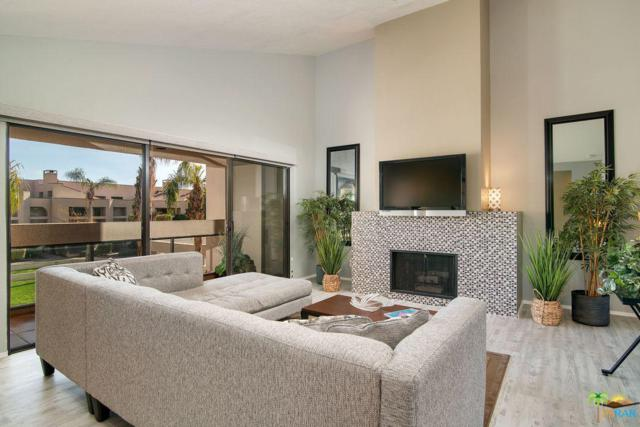 426 Village Square, Palm Springs, CA 92262 (#18418084PS) :: Golden Palm Properties