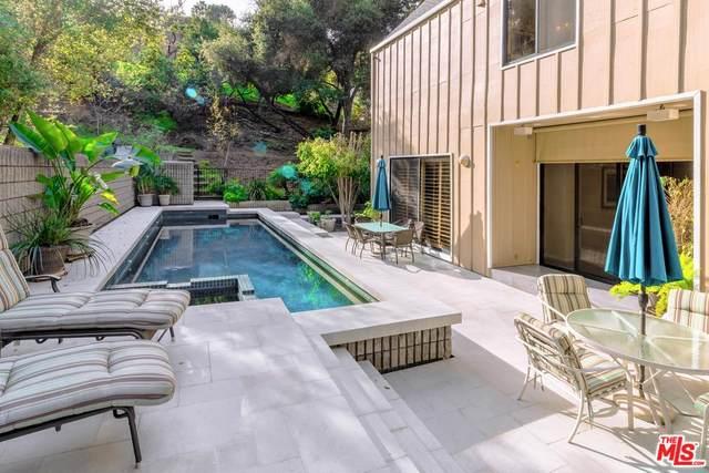 3522 Knobhill Dr, Sherman Oaks, CA 91423 (MLS #20-545786) :: The John Jay Group - Bennion Deville Homes