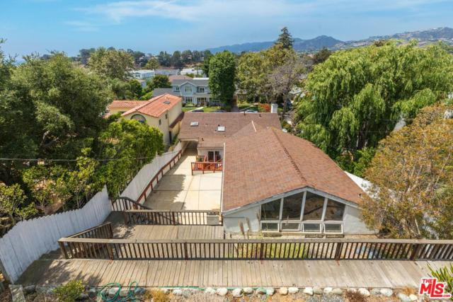 650 Haverford Avenue, Pacific Palisades, CA 90272 (#18375014) :: The Agency