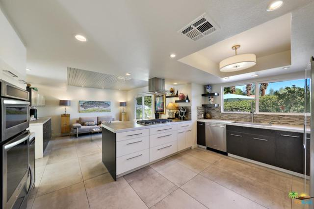 2999 E Via Vaquero Road, Palm Springs, CA 92262 (#18404754PS) :: The Real Estate Offices of Talbot and Watson