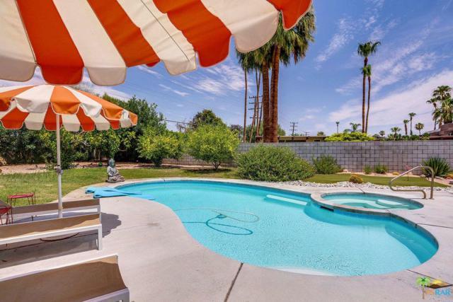 2702 E Plaimor Avenue, Palm Springs, CA 92262 (#19419230PS) :: TruLine Realty