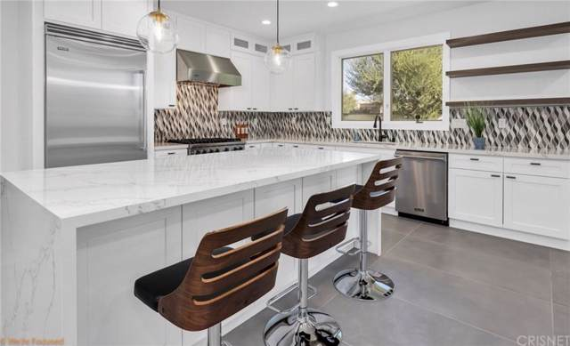 49155 Avenida Fernando, La Quinta, CA 92253 (#SR19241253) :: The Pratt Group