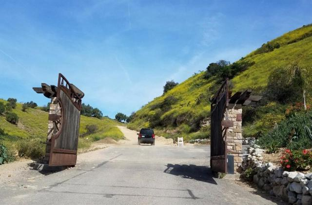10280 Maude Avenue, Shadow Hills, CA 91040 (#317003011) :: The Fineman Suarez Team