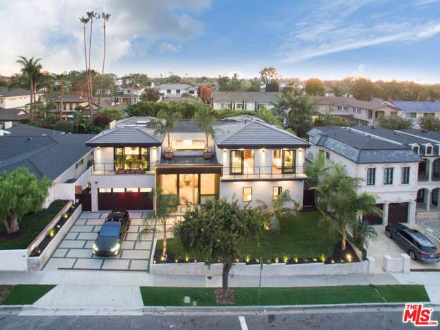 2021 Santiago Drive, Newport Beach, CA 92660 (#19536080) :: Randy Plaice and Associates