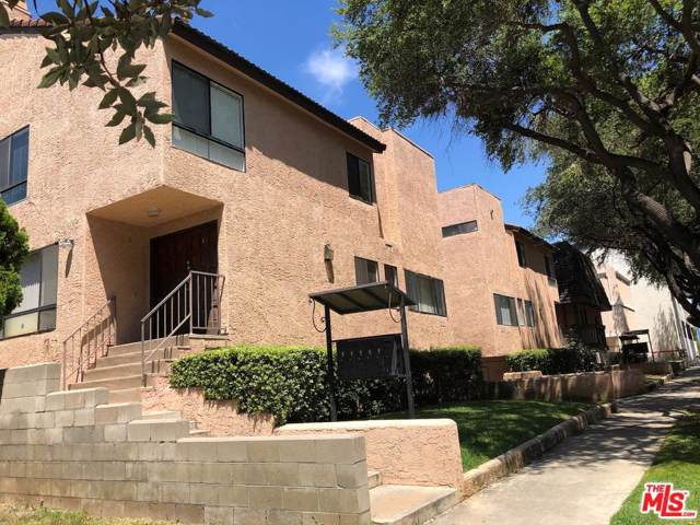 111 S Marguerita Avenue D, Alhambra, CA 91801 (#19497670) :: The Agency