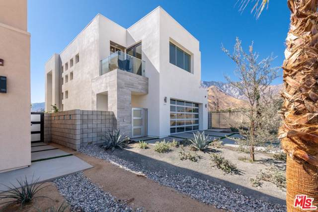 195 W Via Olivera, Palm Springs, CA 92262 (#20542978) :: The Pratt Group