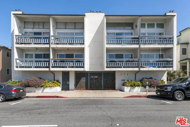 320 Hermosa Ave #106, Hermosa Beach, CA 90254 (#21-708092) :: Lydia Gable Realty Group