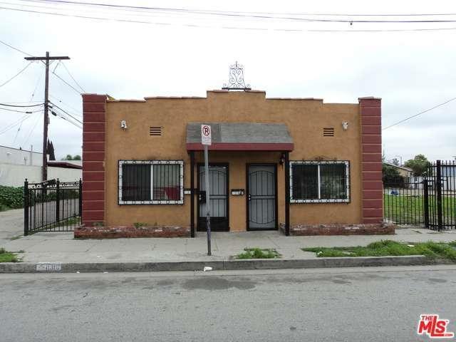 11318 Wilmington Avenue, Los Angeles (City), CA 90059 (#17201718) :: Paris and Connor MacIvor