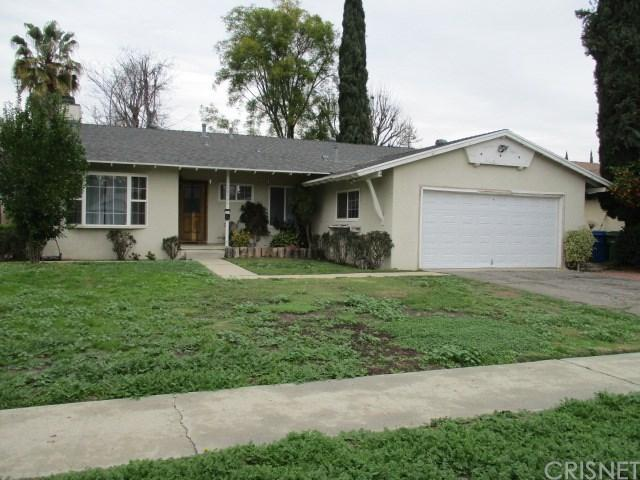 18933 Knapp Street, Northridge, CA 91324 (#SR17031004) :: Paris and Connor MacIvor