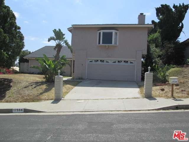 17554 Doric Street, Granada Hills, CA 91344 (#17202820) :: Paris and Connor MacIvor