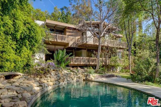 17269 Oak View Drive, Encino, CA 91316 (#17213204) :: Paris and Connor MacIvor