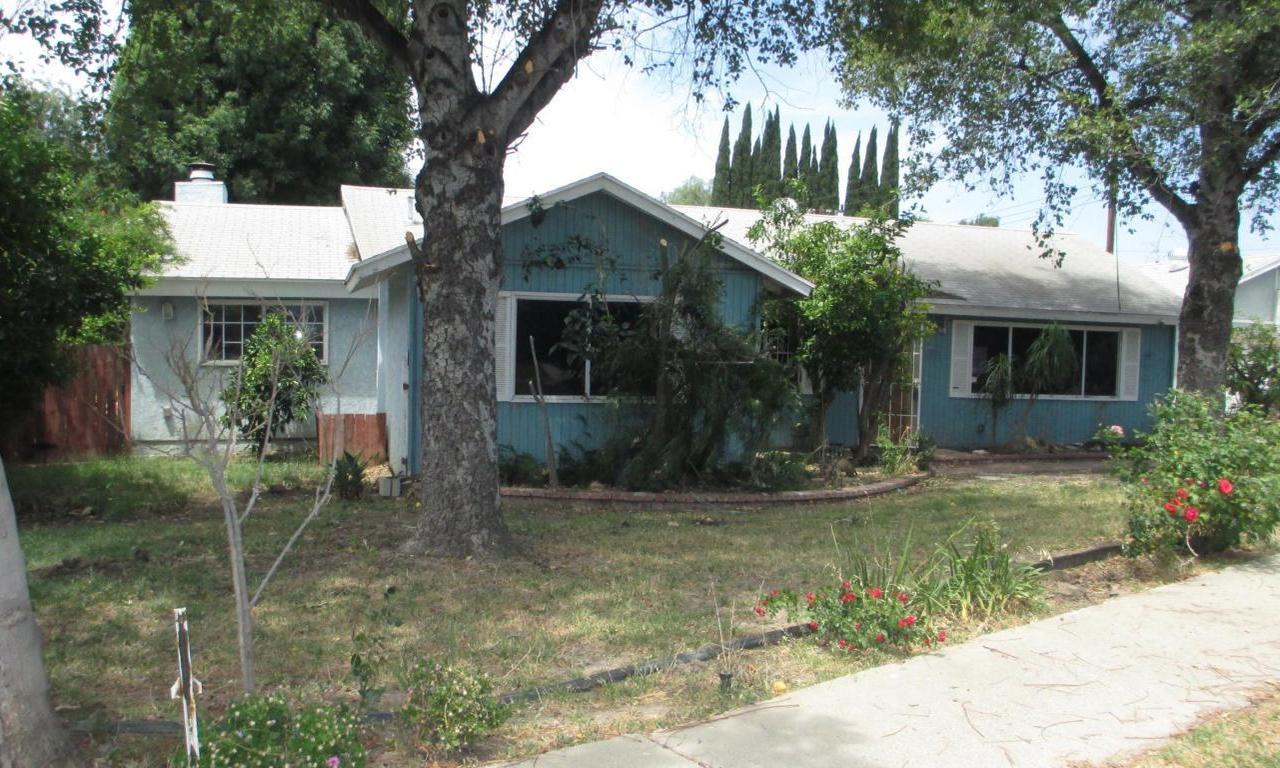 1179 Whitcomb Avenue, Simi Valley, CA 93065 (#217005884) :: Paris and Connor MacIvor
