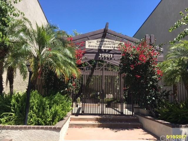 21901 Lassen Street #126, Chatsworth, CA 91311 (#SR17142332) :: Paris and Connor MacIvor