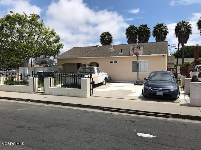 1104 W Cedar Street, Oxnard, CA 93033 (#217007711) :: California Lifestyles Realty Group