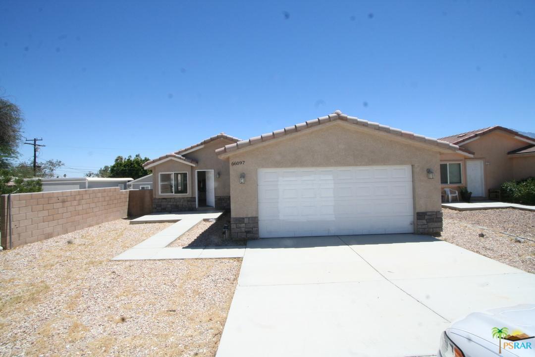 66097 2ND Street, Desert Hot Springs, CA 92240 (#17251422PS) :: Paris and Connor MacIvor