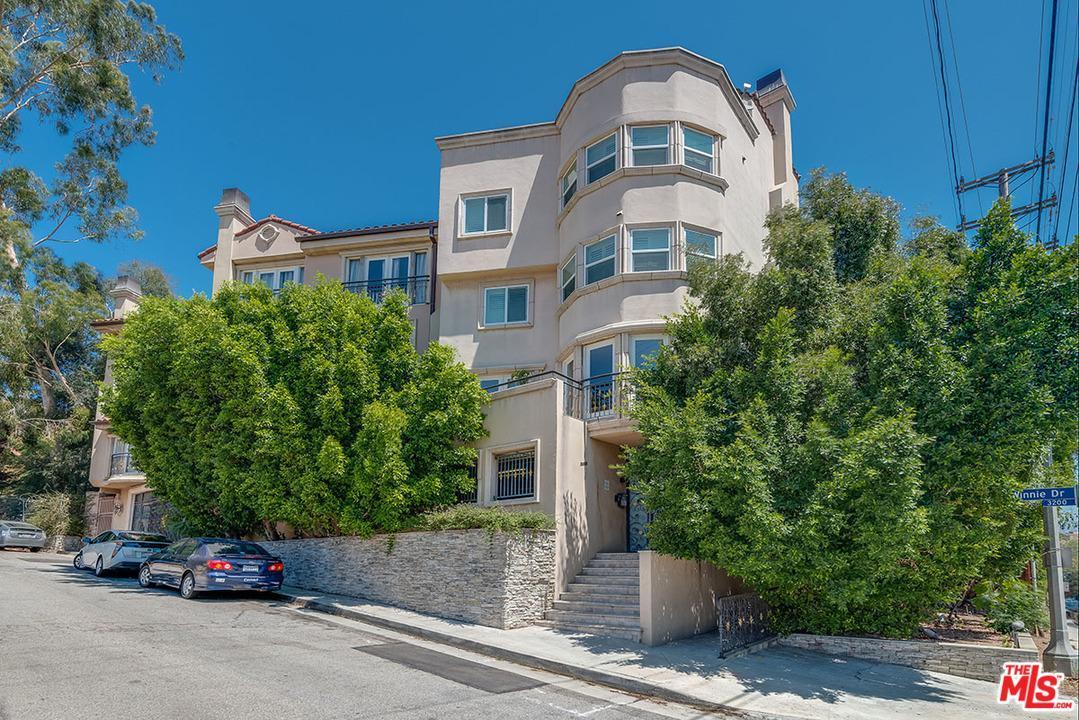 3401 Barham #2, Los Angeles (City), CA 90068 (#17249702) :: Paris and Connor MacIvor