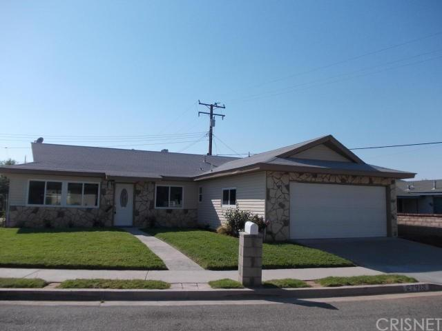 27913 Rigel Drive, Canyon Country, CA 91351 (#SR17163123) :: Paris and Connor MacIvor