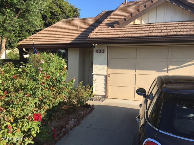 933 Oakdale Lane, Fillmore, CA 93015 (#217011003) :: RE/MAX Gold Coast Realtors