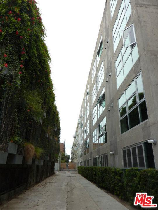 510 S Hewitt Street #104, Los Angeles (City), CA 90013 (#17280030) :: TruLine Realty