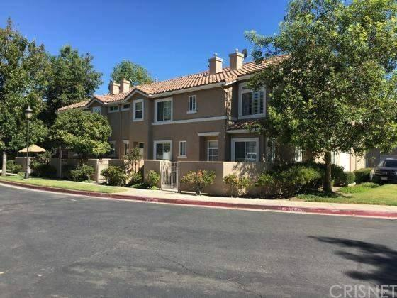 25730 Perlman Place D, Stevenson Ranch, CA 91381 (#SR17229211) :: Paris and Connor MacIvor