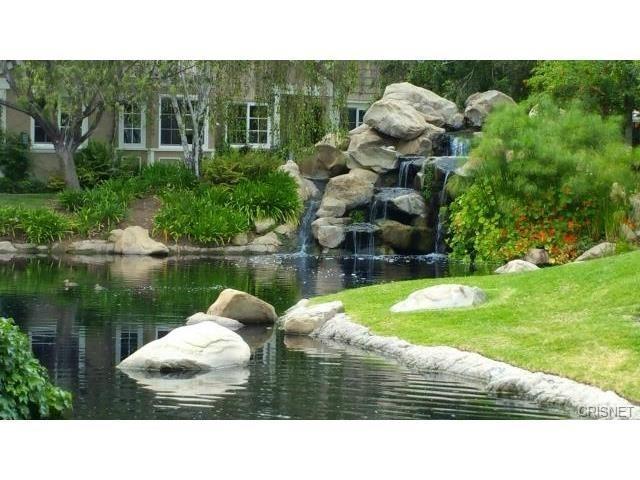 2916 Shadow Brook Lane, Westlake Village, CA 91361 (#SR17266035) :: California Lifestyles Realty Group