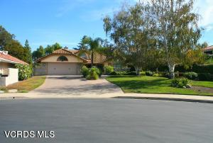 266 Cherry Hills Court, Newbury Park, CA 91320 (#218000629) :: California Lifestyles Realty Group
