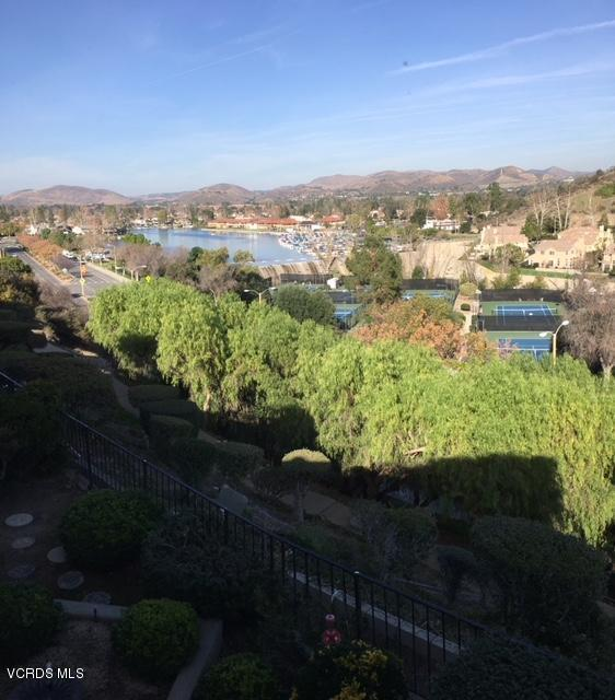 3222 Meadow Oak Drive, Westlake Village, CA 91361 (#218000671) :: California Lifestyles Realty Group