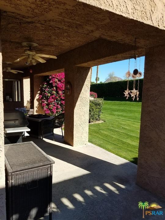 73155 Ajo Lane, Palm Desert, CA 92260 (#18313560PS) :: The Fineman Suarez Team