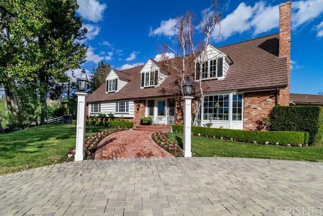 25003 Jim Bridger Road, Hidden Hills, CA 91302 (#SR18035332) :: Golden Palm Properties
