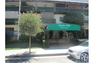 5460 White Oak Avenue E202, Encino, CA 91316 (#SR18062705) :: Lydia Gable Realty Group