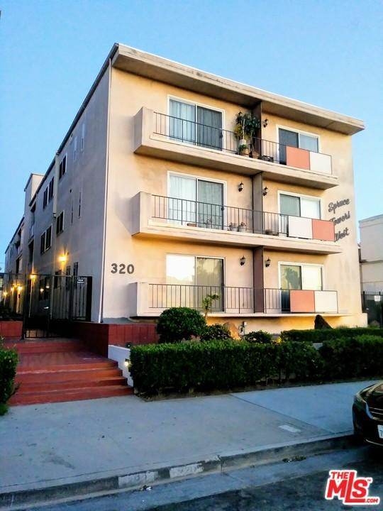 320 E Spruce Avenue D, Inglewood, CA 90301 (#18335180) :: Fred Howard Real Estate Team