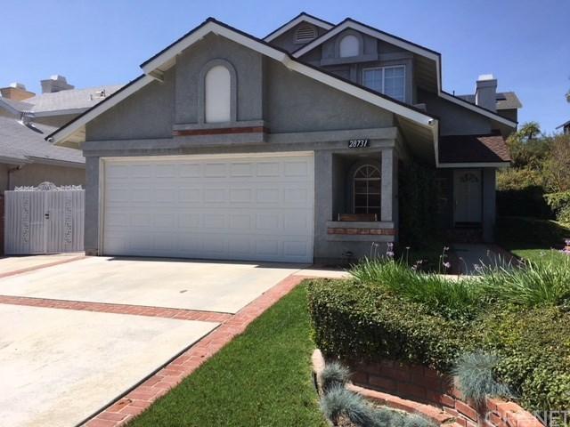 28731 Raintree Lane, Saugus, CA 91390 (#SR18095547) :: Paris and Connor MacIvor