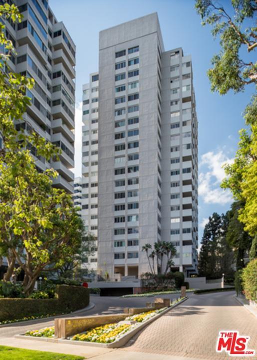 865 Comstock Avenue 7E, Los Angeles (City), CA 90024 (#18345772) :: TruLine Realty