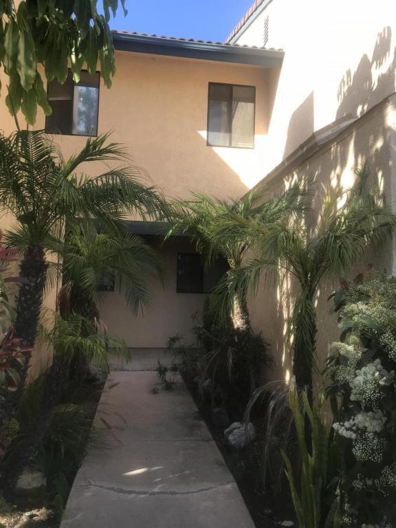 503 Arundell Circle, Fillmore, CA 93015 (#218006271) :: Desti & Michele of RE/MAX Gold Coast